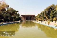 Chehel-sotoun-palace-Esfahan-Iran-1036-01